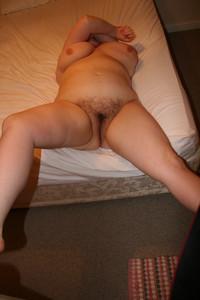 http://img160.imagetwist.com/th/13513/ugag79l6orr1.jpg