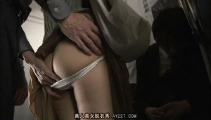 JUX-775 Married Woman Doctor Molester Train sc1