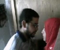 مصلحه محجبه مصرية يتحرش بيها في محل وهي مستمتعه جدا