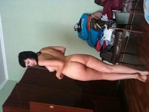 http://img160.imagetwist.com/th/22484/hgo2exgaxuq1.jpg