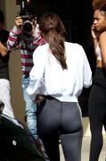 Selena-Gomez-Arrives-to-a-studio-in-Los-Angeles-g6m6ue0kqe.jpg